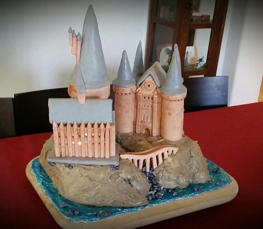 Hogwarts cake_